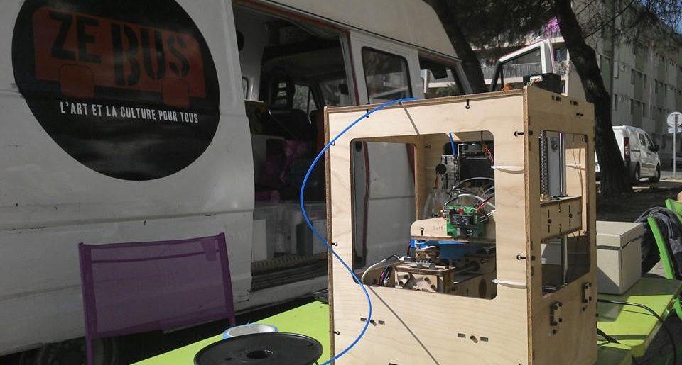 Le Fab Lab prend le bus pendant la fête de la science